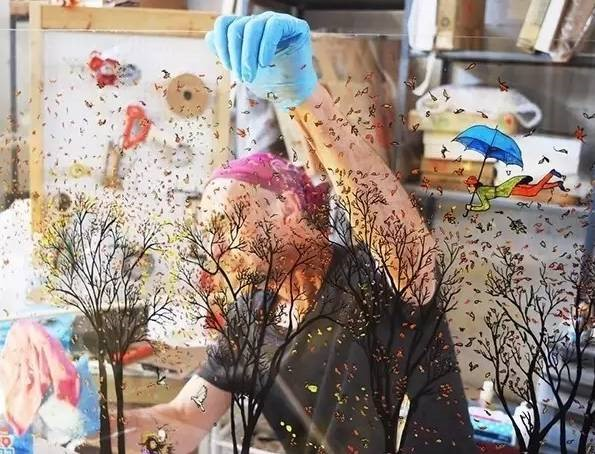 Jean-Pierre Weill's creating 3-D painting work on glass